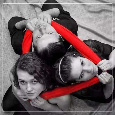 Любовный треугольник - консультация на картах таро